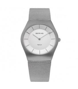 Reloj Bering Classic Titanium 11935-000