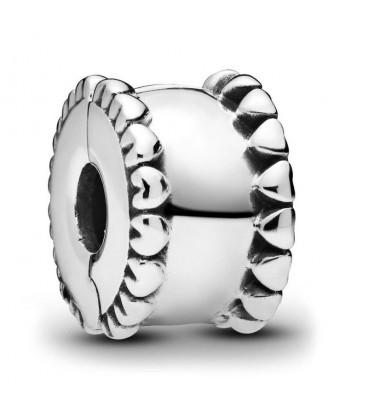 Clip Pandora Banda de Corazones 798560C00